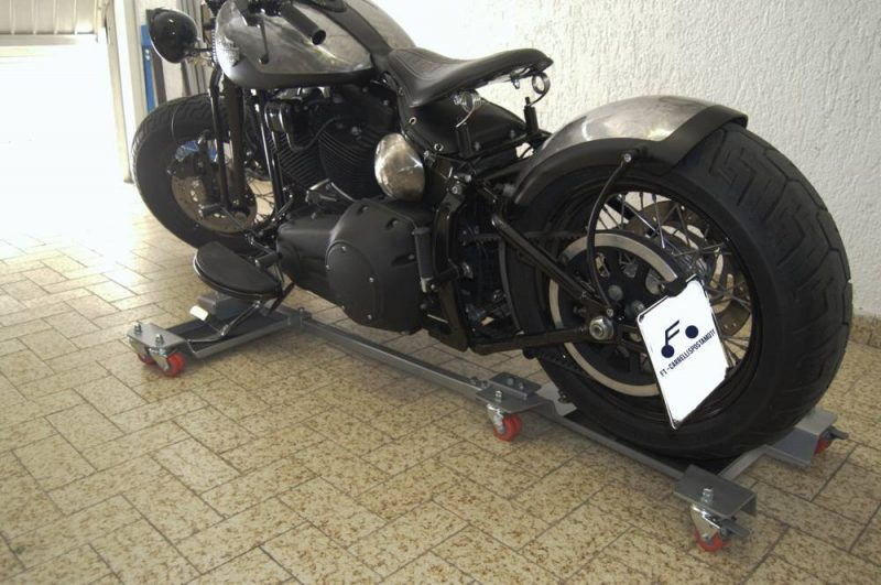 Ft1C con moto custom